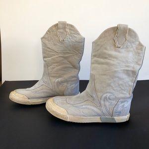 Diesel Women's Cowboy Sneaker Boots. Size 6, GUC